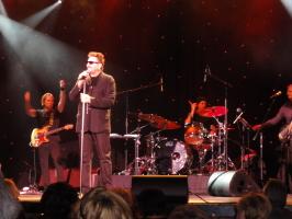 Chuck Negron & band